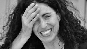 Emma Gunst: la poesía de nosotras, esa salvadora