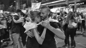 Abrazar la Memoria, tango y dictadura