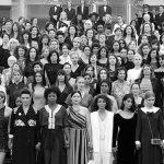 Actrices y cineastas protagonizan histórica protesta en festival de cine de Cannes