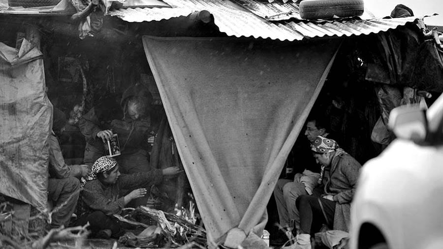 cushamen-mapuches-benetton-puesto