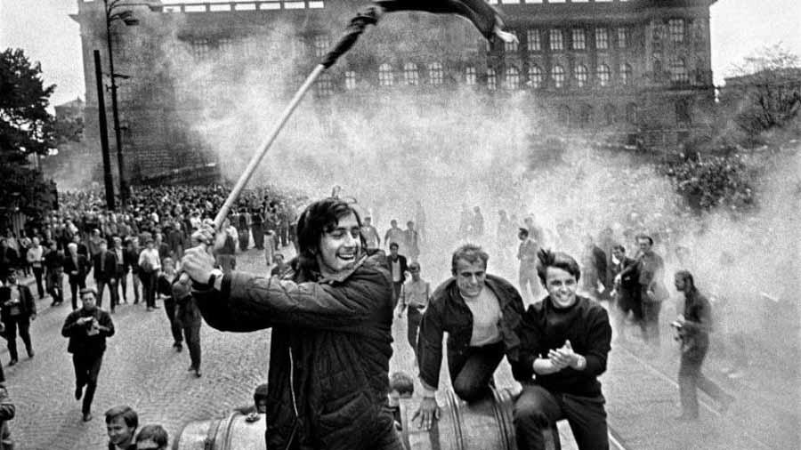 mayo-frances-revolucion-protesta-1968