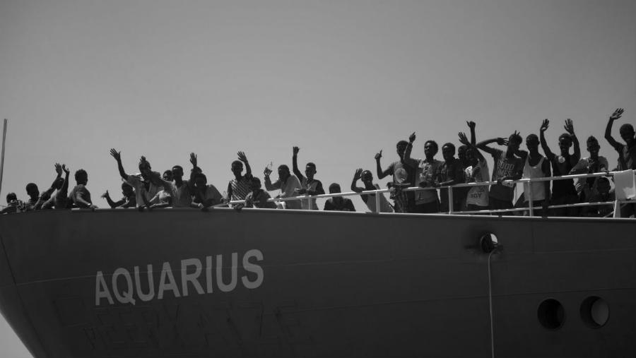 Aquarius-España-inmigrantes-la-tinta