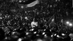 Protestas masivas en Jordania hacen caer al primer ministro