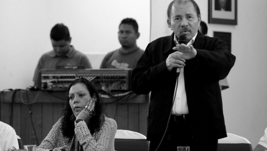 Nicaragua-dialogo-nacional-Daniel-Ortega-la-tinta