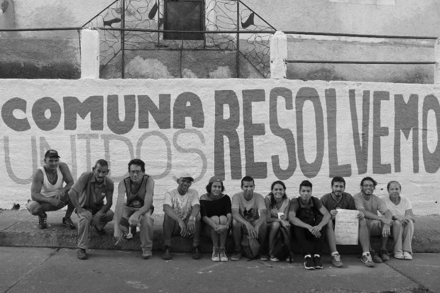 Venezuela-comunas-Caracas-la-tinta