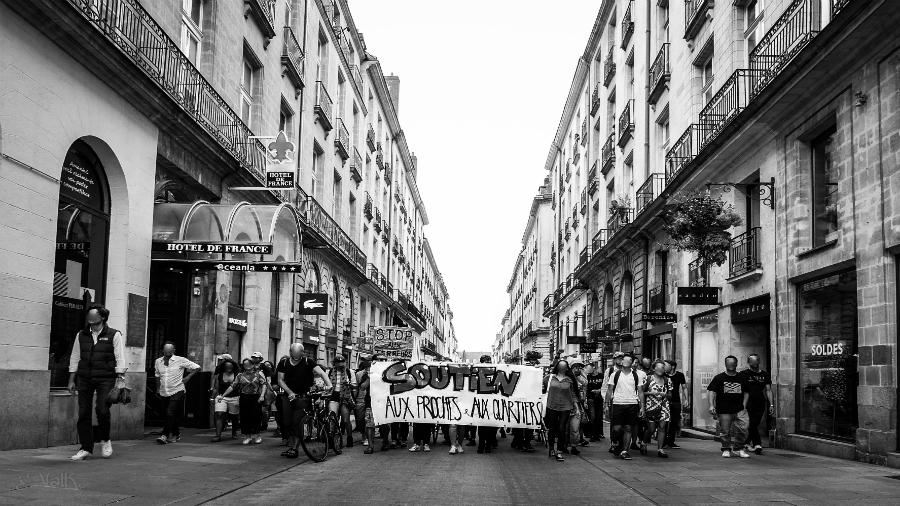 Francia-Abubakar-Fofana-protesta-la-tinta