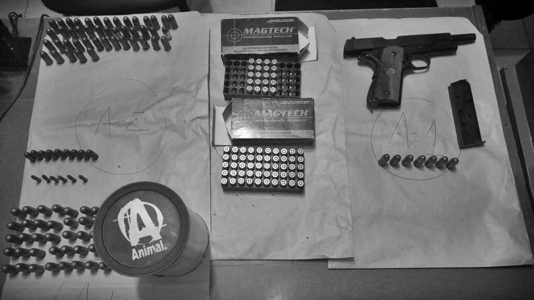 julio-cesar-suarez-detenido-arma