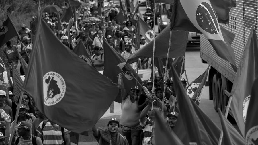 Brasil-Marcha-Campesina-MST-la-tinta