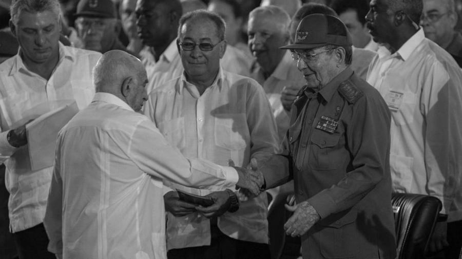 Cuba-Raul-Castro-Monacada-aniversario-la-tinta