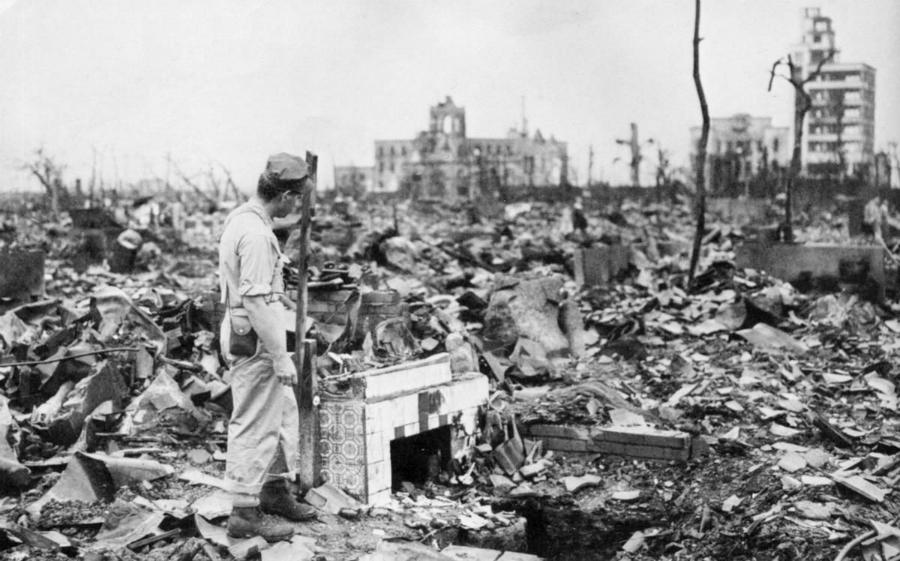 Hiroshima-bomba-atomica-la-tinta