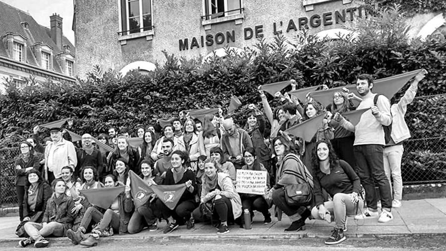 casa-argentina-paris-aborto-censura