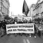Trabajadores y trabajadoras movilizadas en defensa de las gestiones obreras