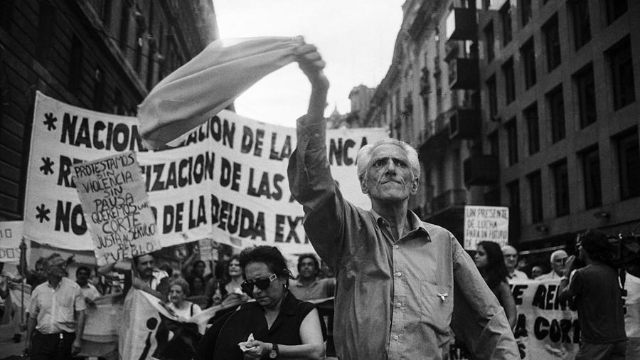 2001 marcha herencia generacion