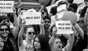 Las mujeres tomaron las calles de Brasil contra Bolsonaro