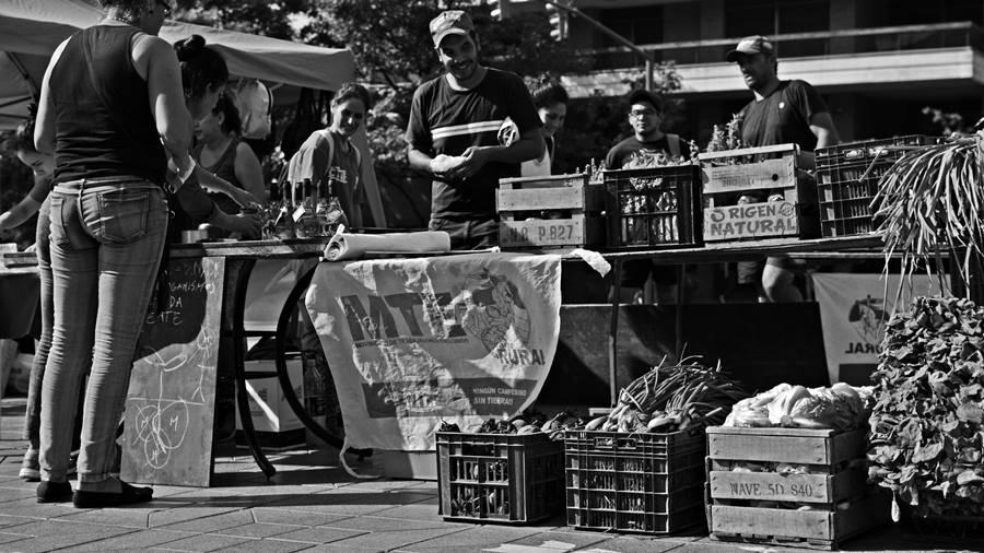 Feriazo-ley-economia-popular-cordoba4