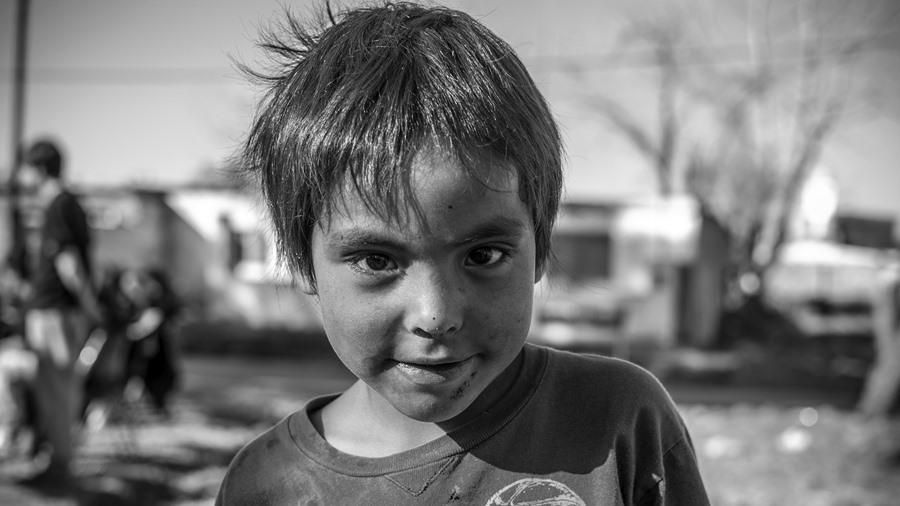 Retrato-niños-barrio-pobreza