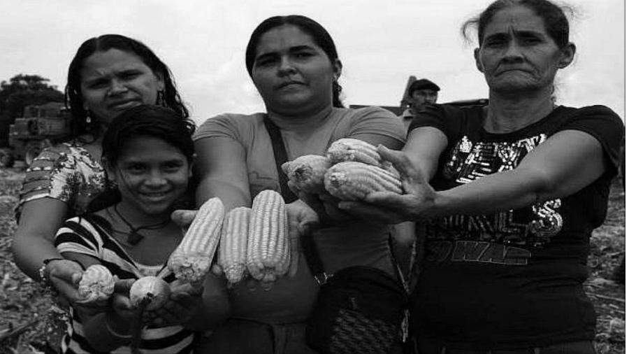 Venezuela Comuna El Maizal mujeres la-tinta