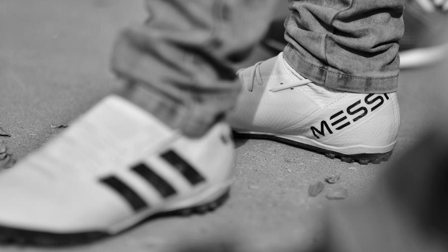 pobreza-medios-cabeza-pies2