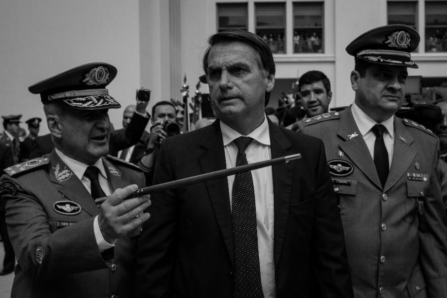 Brasil Bolsonaro generales del ejercito la-tinta