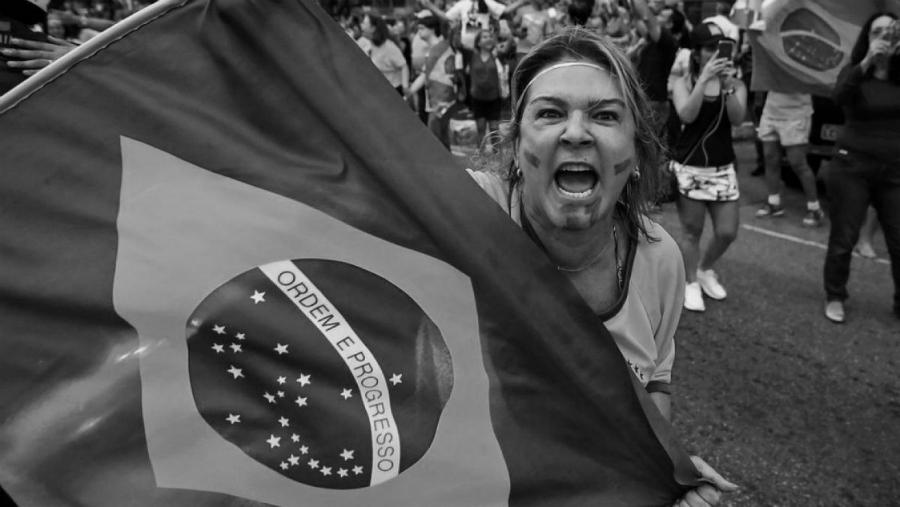 Brasil seguidores de Messias Bolsonaro la-tinta