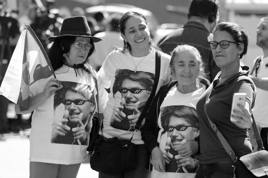 Brasil simpatizantes de Bolsonaro la-tinta