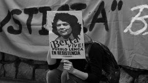 Nombrar a Berta, nombrar a quienes luchan, debatir desde el ecofeminismo