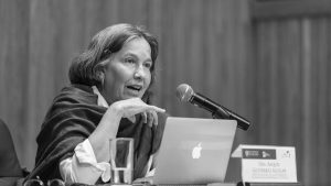 """""""La política en femenino es una herramienta que permite pensar el devenir"""""""