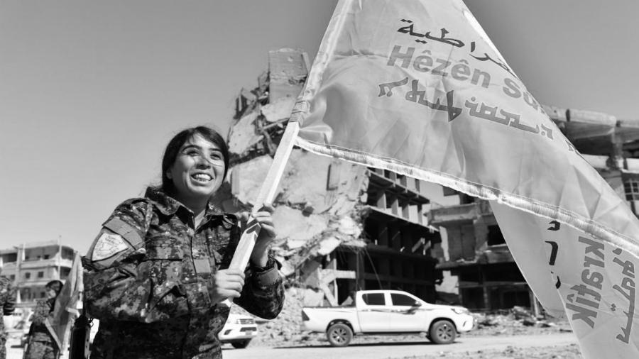 Siria Raqaa comandante YPJ