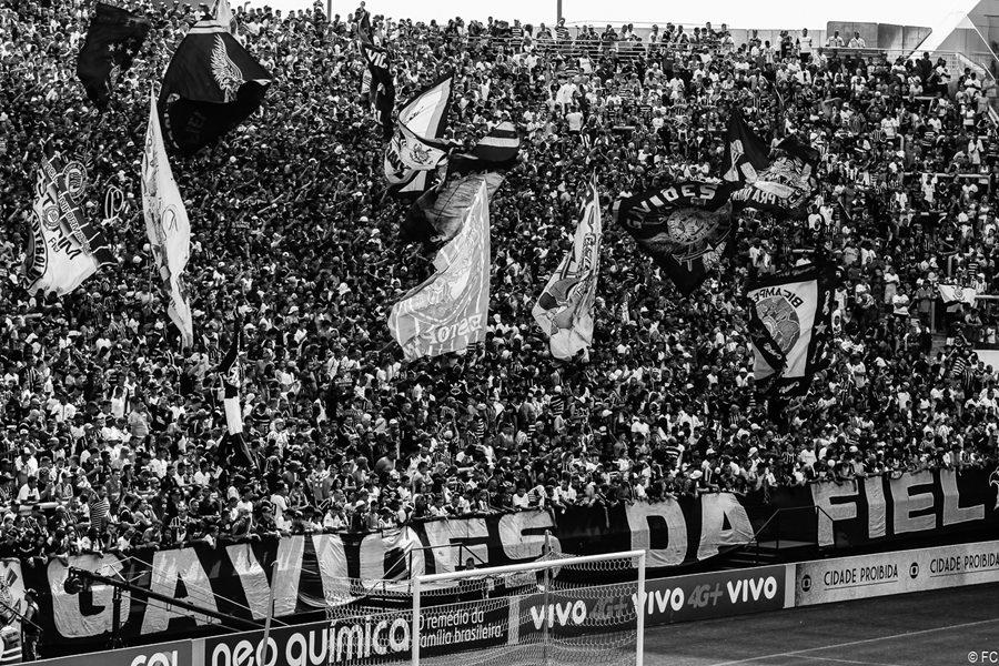 futbol-brasil-bolsonaro-elecciones-latinta