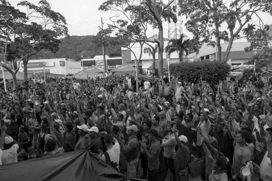 Caravana migrante asamblea la-tinta