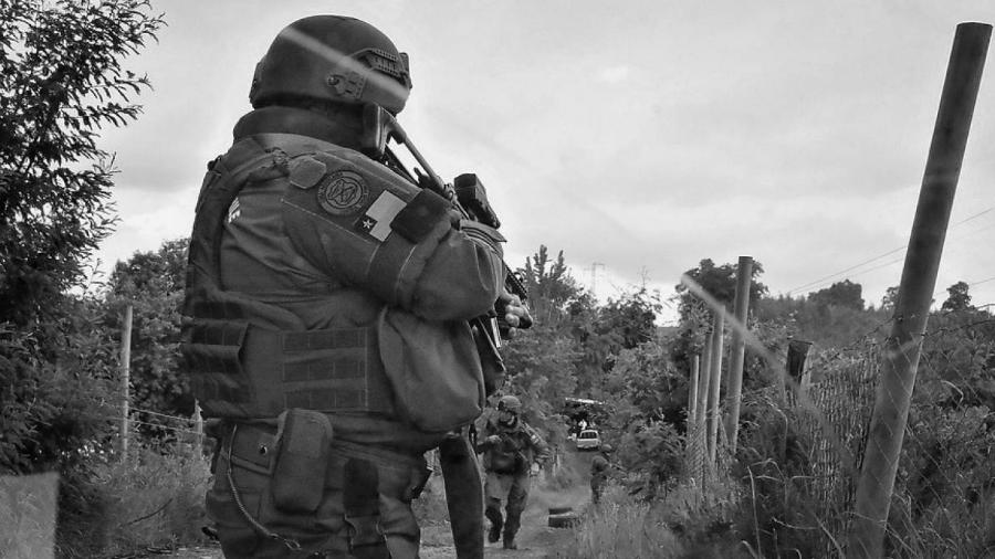 Chile Carabineros represion la-tinta