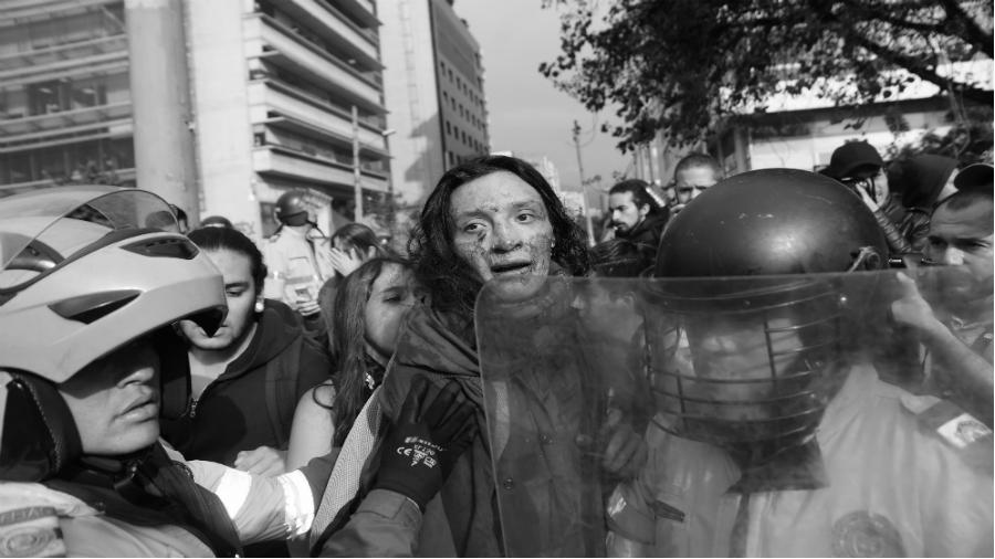 Colombia estudiante herida represion la-tinta