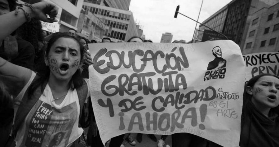 Colombia estudiantes protestando la-tinta