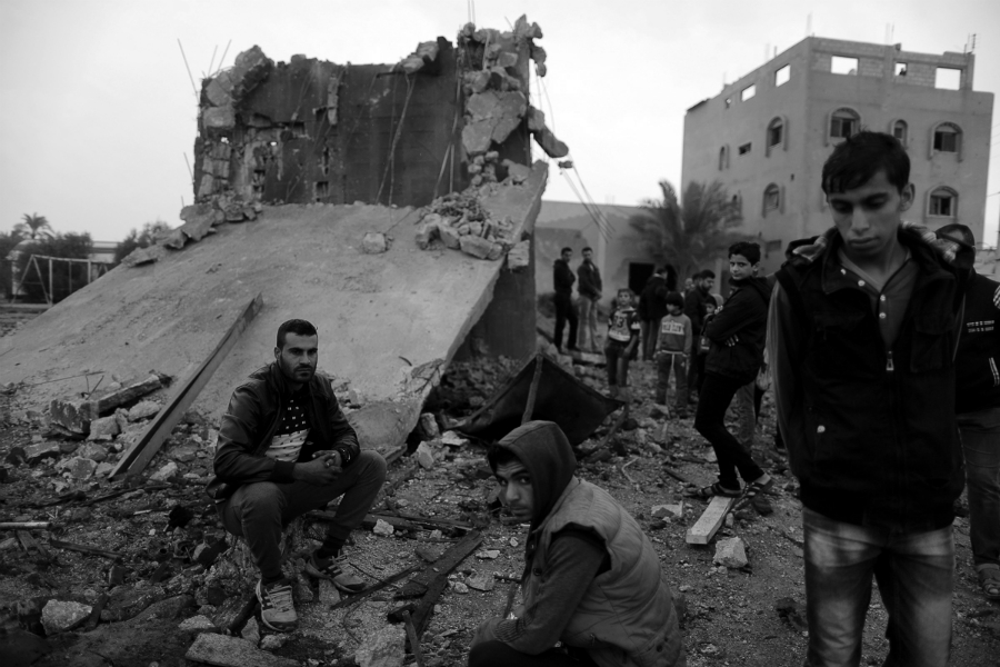 Palestina Gaza jovenes bombardeos la-tinta