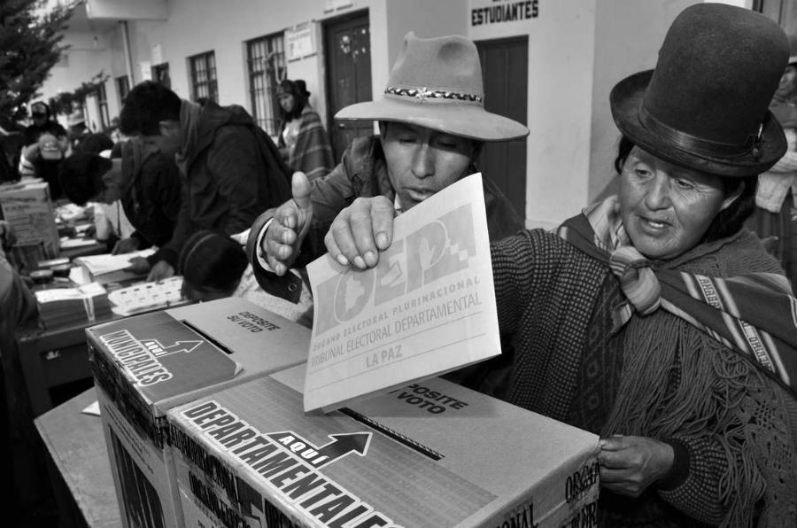 Bolivia elecciones votantes la-tinta