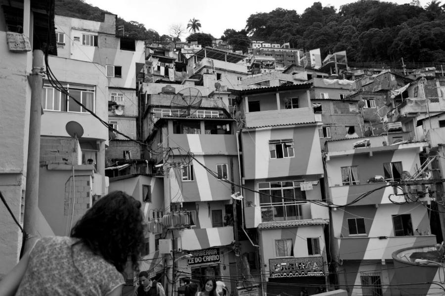Brasil favela Rio de Janeiro la-tinta