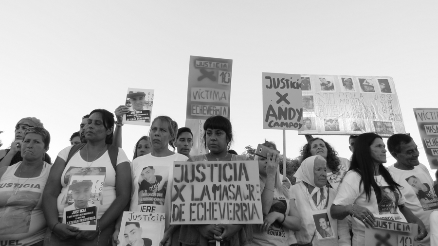 Esteban-Echeverria-masacre-policia-07