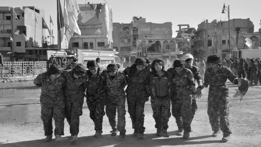 Kurdistan liberacion de Raqqa la-tinta