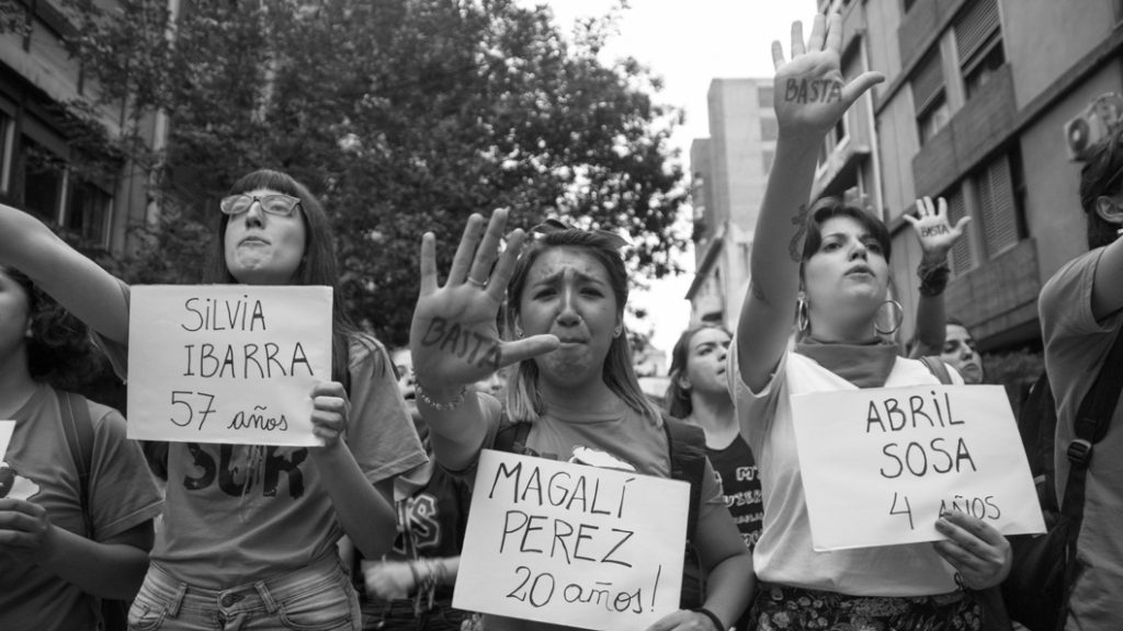 Mujeres-femicidio-basta-colectivo-Manifiesto