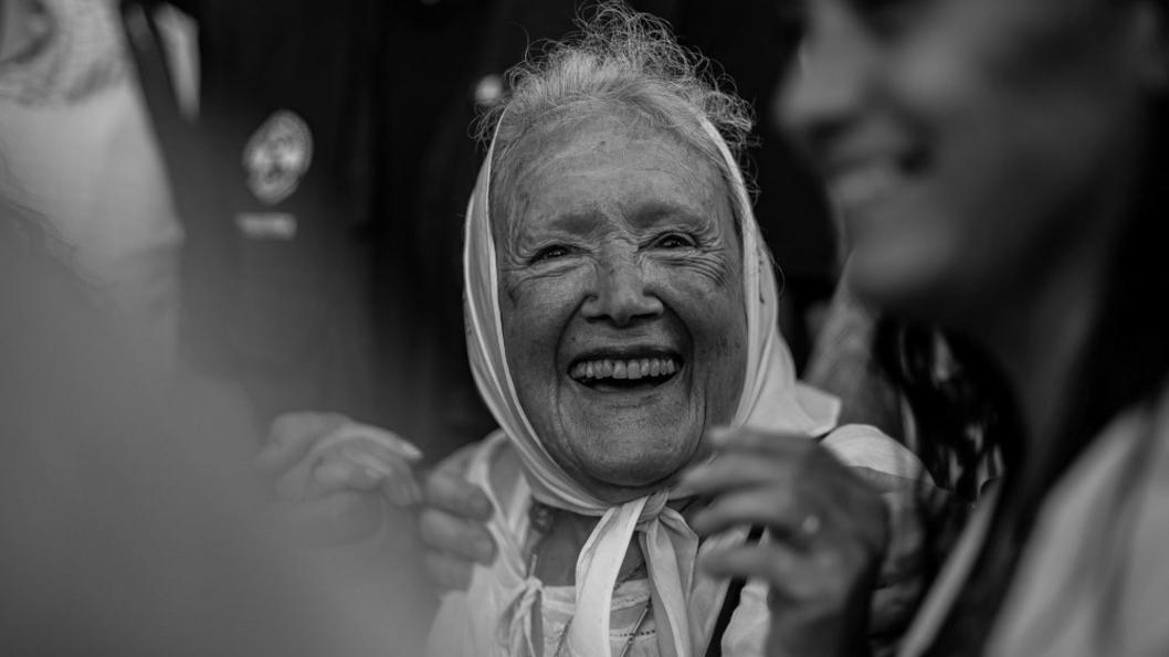Norita-Cortinas-Madre-Plaza-Mayo-Nora-Emergentes-03