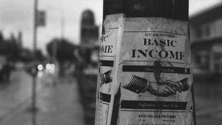 Renta universal Estados Unidos la-tinta