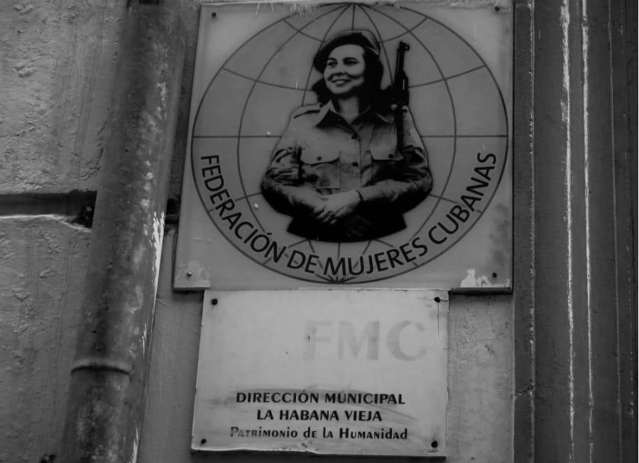 Cuba Federacion de Mujeres Cubanas la-tinta