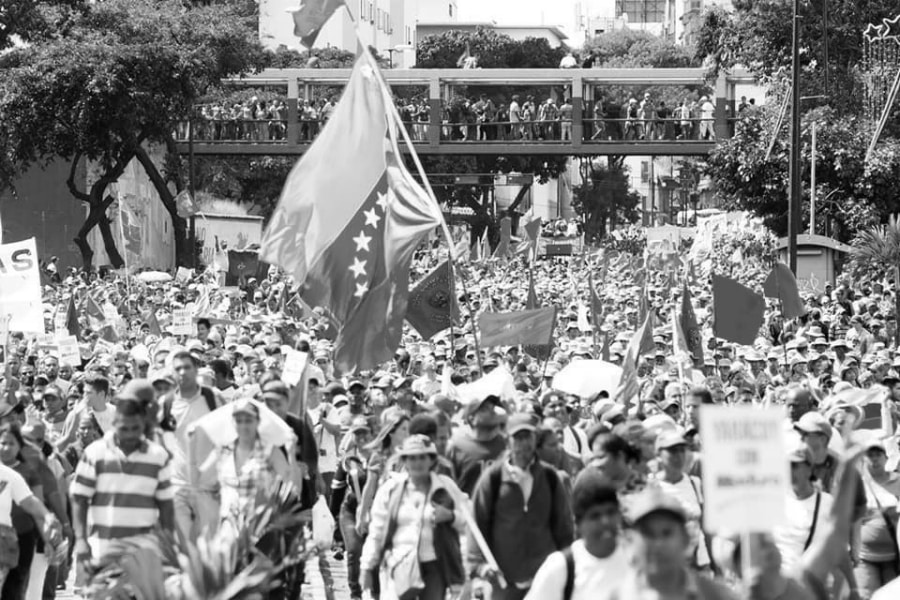 Venezuela marcha chavismo la-tinta