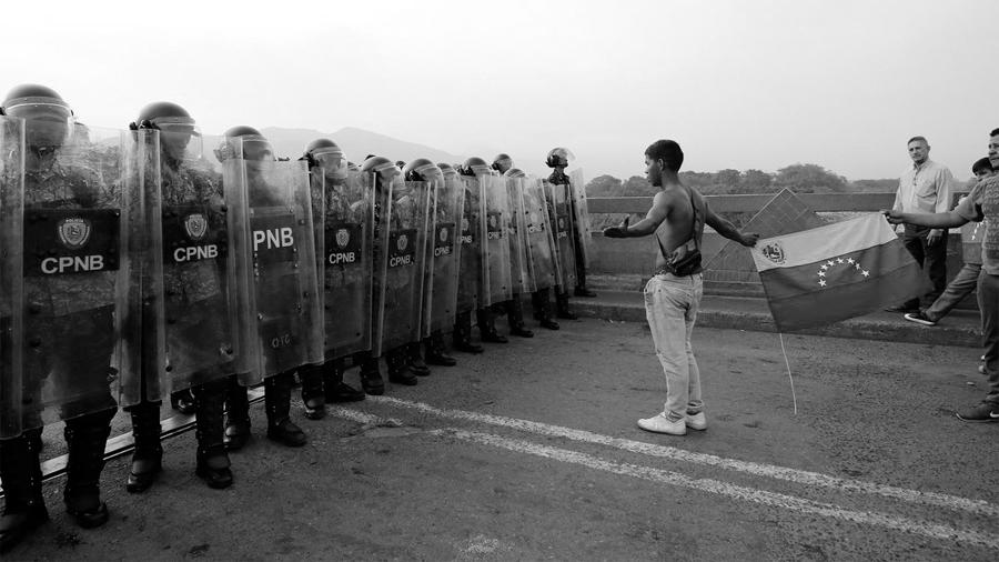 AFP-Venezuela-Nicolas-Maduro-Estados-Unidos-frontera-militares-03