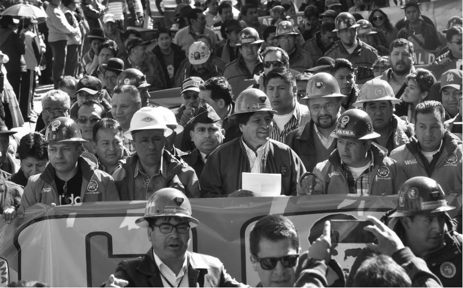 Bolivia Evo Morales obreros la-tinta