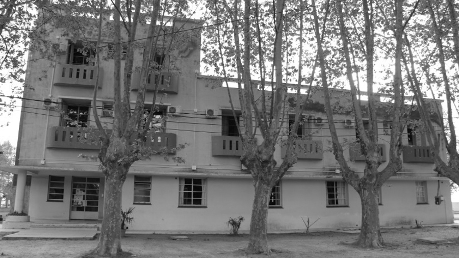 Hotel-Cooperativo-Pipinas-Buenos-Aires-02