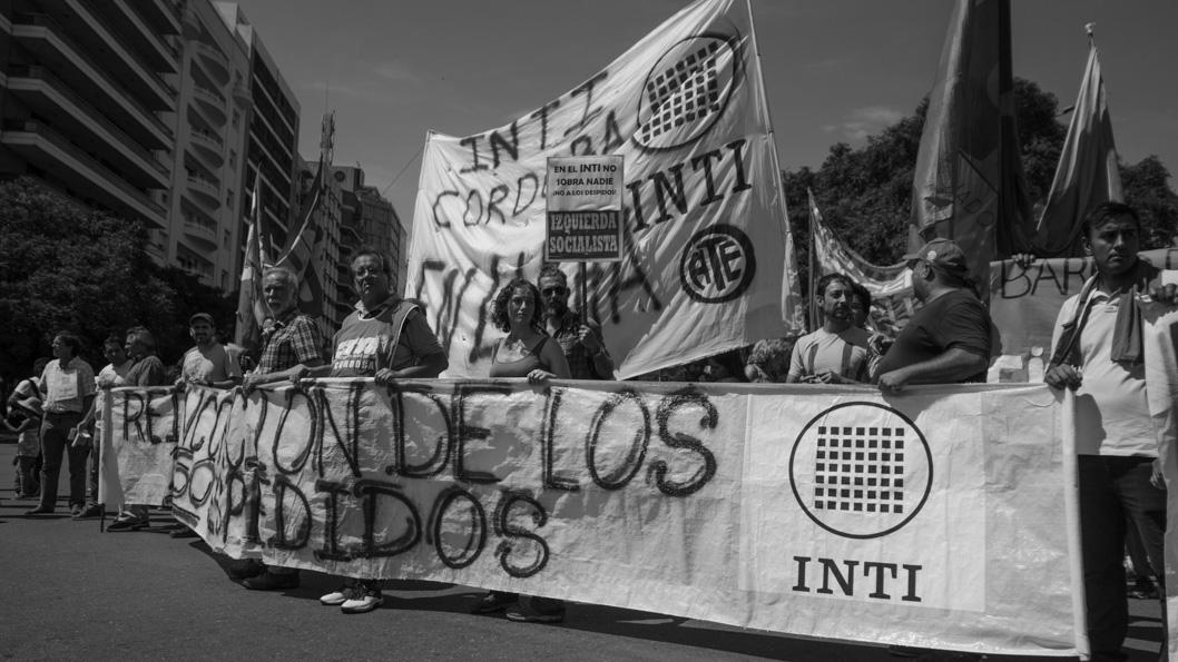 INTI-despidos-trabajadores-marcha-Cordoba