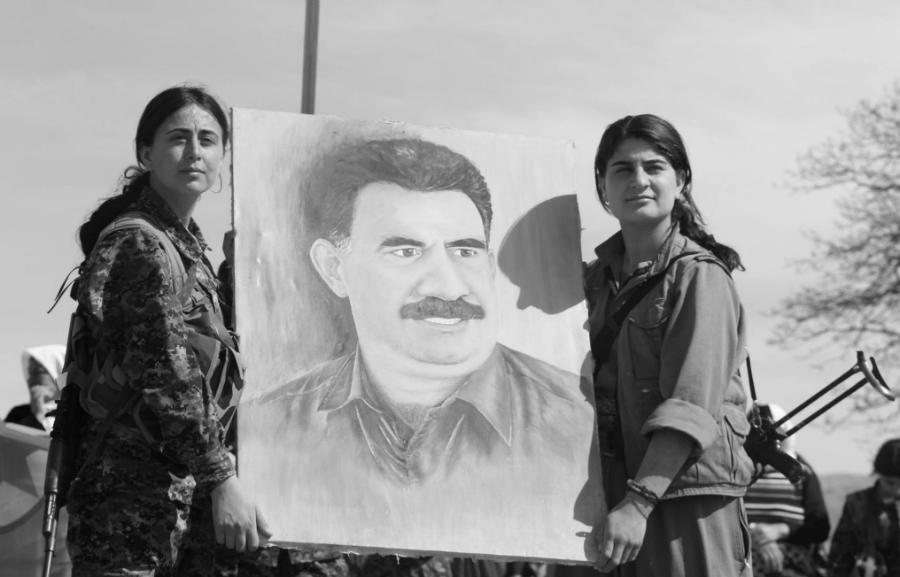 Kurdistan guerrilleras Ocalan la-tinta