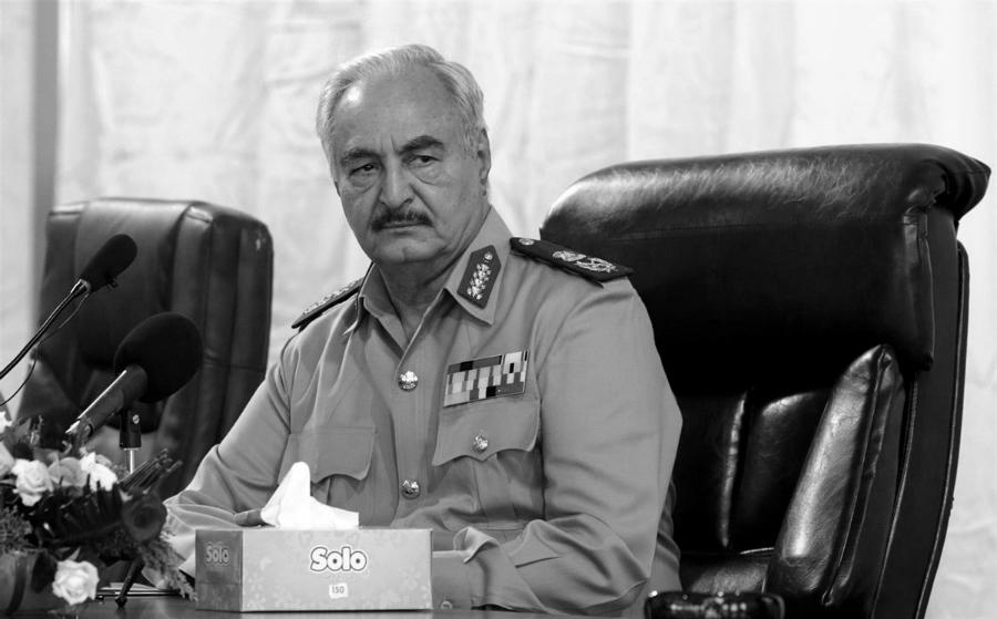 Libia Haftar mariscal la-tinta