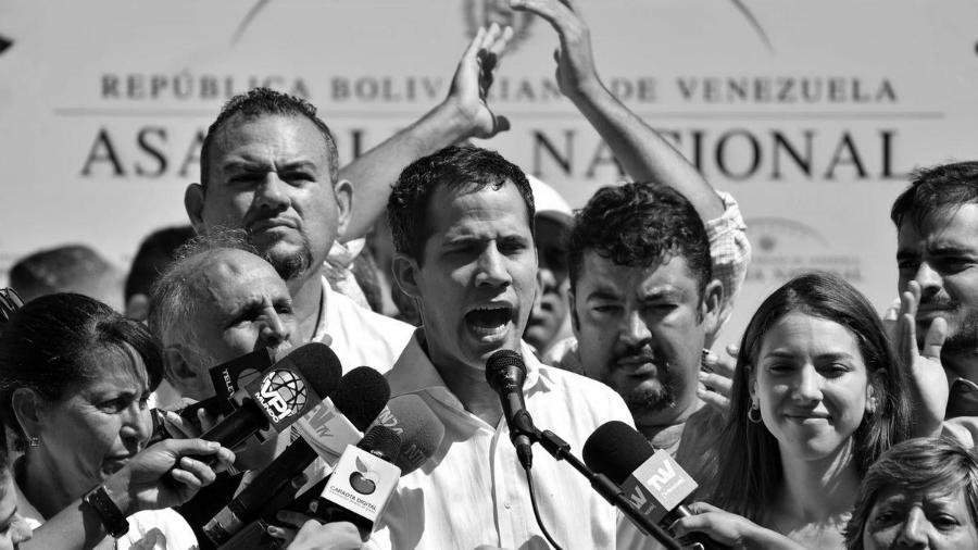 Venezuela Juan Guaido medios de comunicacion la-tinta